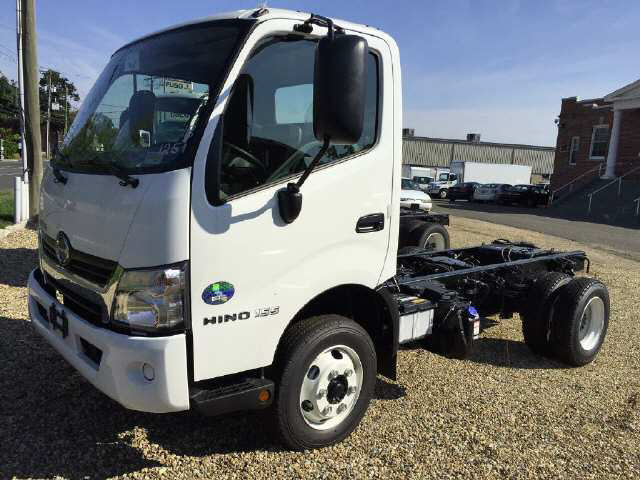 2018 HINO 155 Cab Chassis Truck