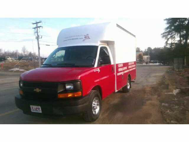 2009 Chevrolet G30 Box Van Truck