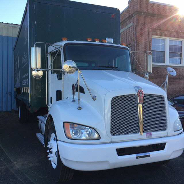 2009 Kenworth T300 Box Van Truck