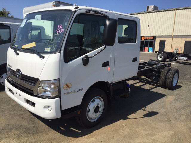 2018 HINO 195DC Cab Chassis Truck