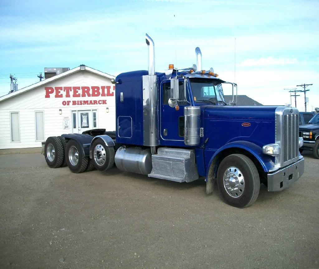 2012 Peterbilt 389 MN147834