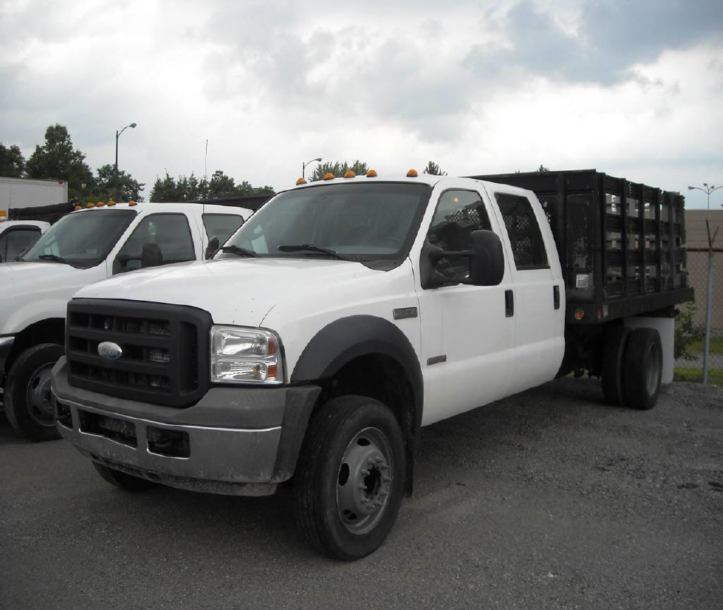 2006 Ford F450 LNA42303