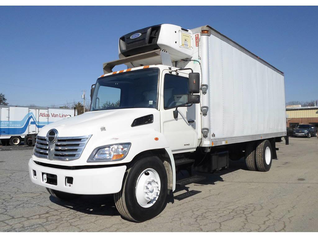 2008 Hino 268 Box Van Truck
