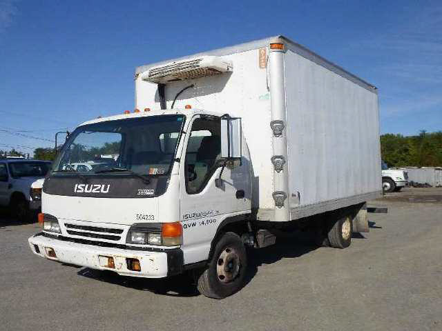2005 Isuzu NPR HD Box Van Truck
