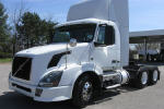 Used 2010 Volvo VNL64T300 for Sale