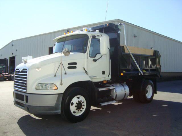 2009 Mack CXU612