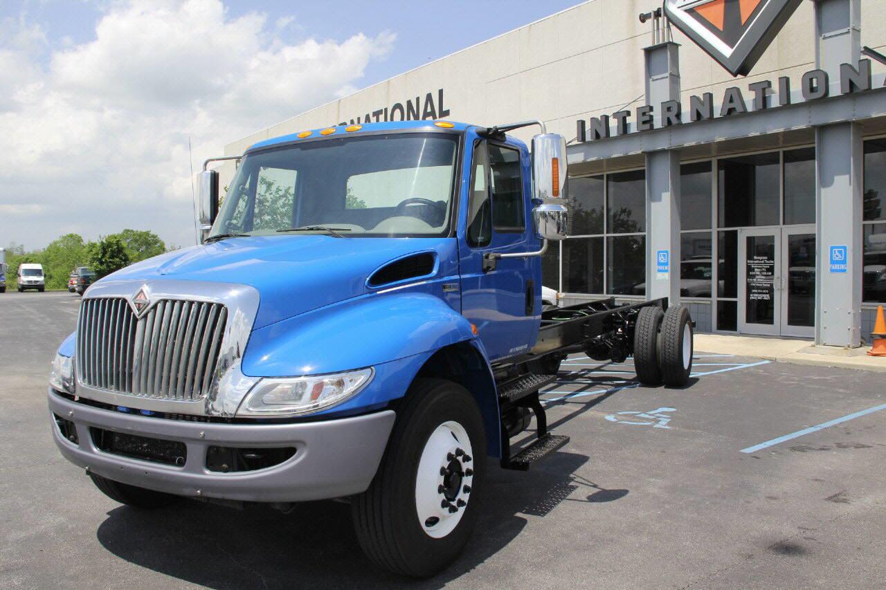 2012 International 4300 SBA 4X2