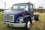 2001 Freightliner FL70