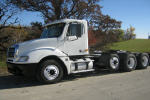 2004FreightlinerCL120