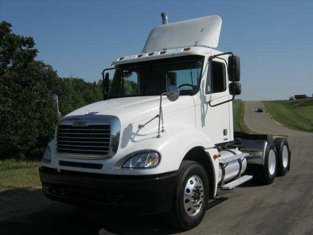 2005 Freightliner Columbia