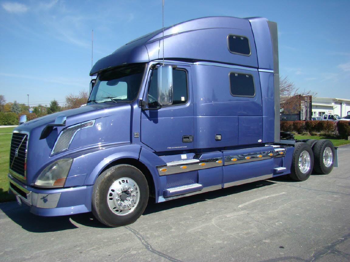 2009 Volvo VNL64T780