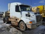 Used 2000 Volvo VNL64T610 for Sale