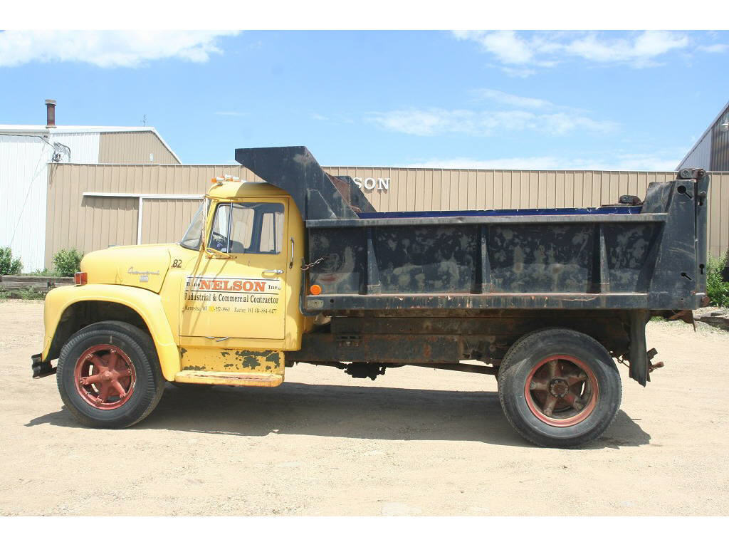 1968 International Loadstar 1600