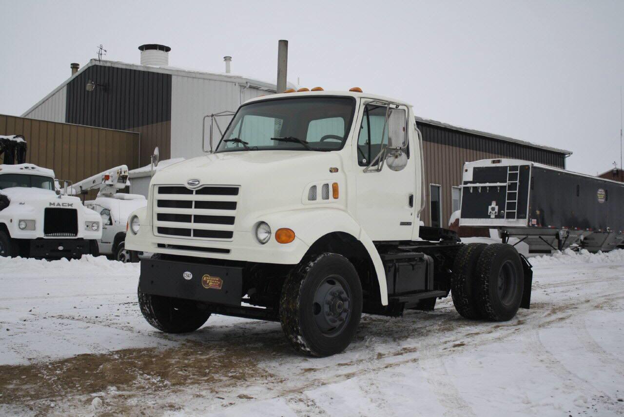 2000 Sterling L7500