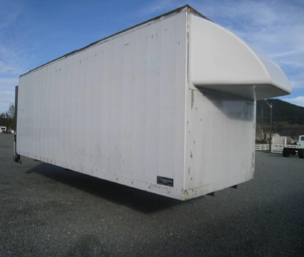 2000 Intercontinenta Dry Van