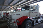 Used 2006 Kenworth T800 Day Cab for Sale