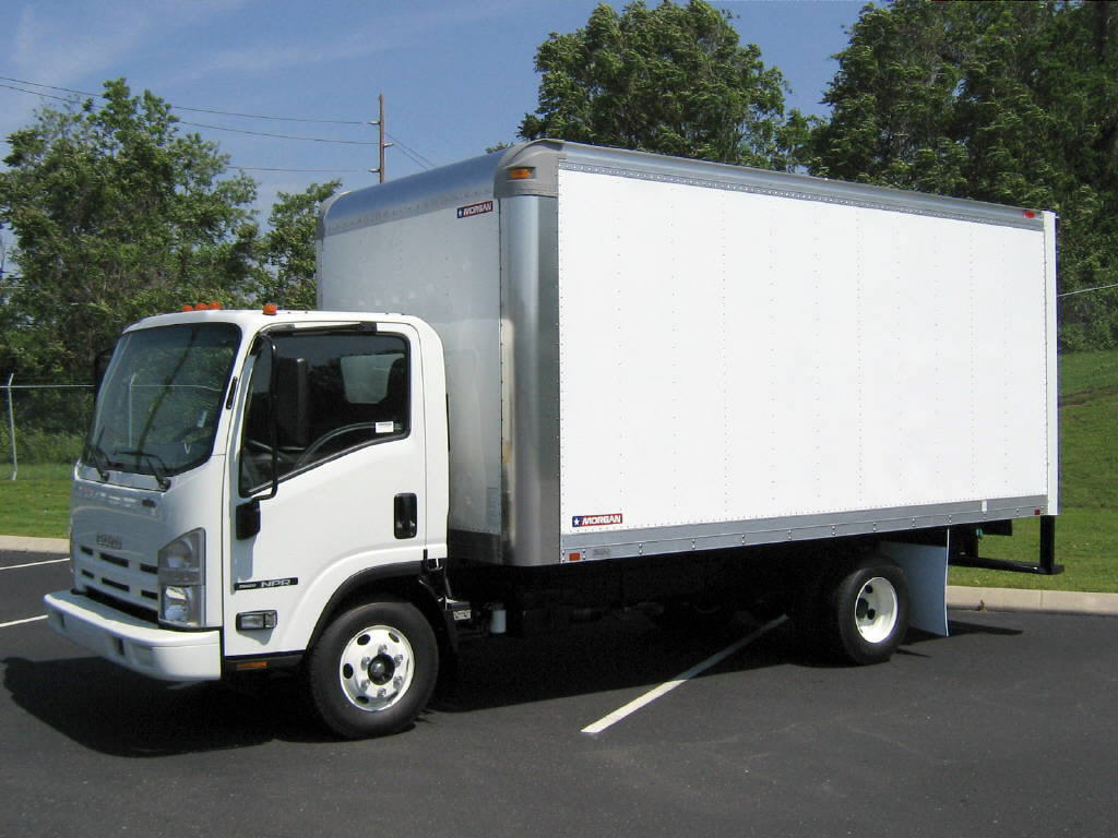 Isuzu Box Truck Back