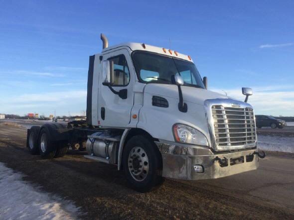 2015 Freightliner CA113 for sale-59109053