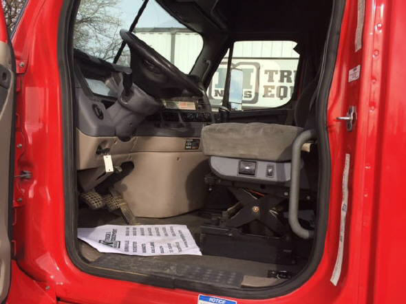 2012 Freightliner Cascadia for sale-57548861
