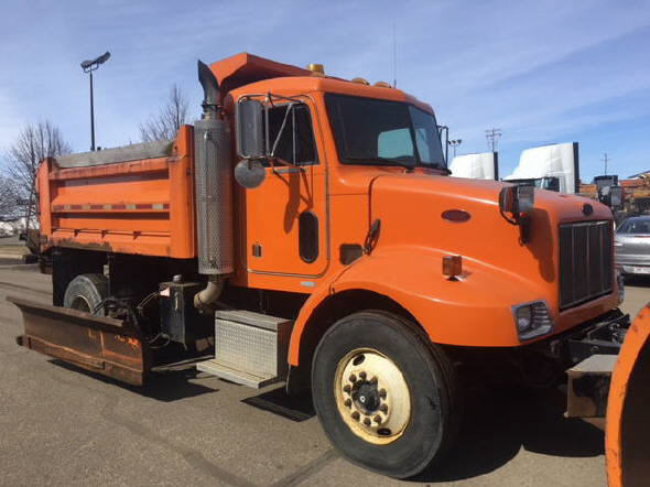 2003 Peterbilt 330 for sale-59108208