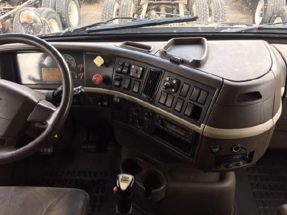 2013 Volvo VNM64T630 for sale-59293437
