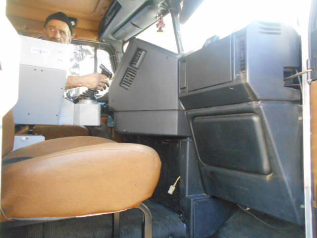 2001 Freightliner FL112 for sale-59108059