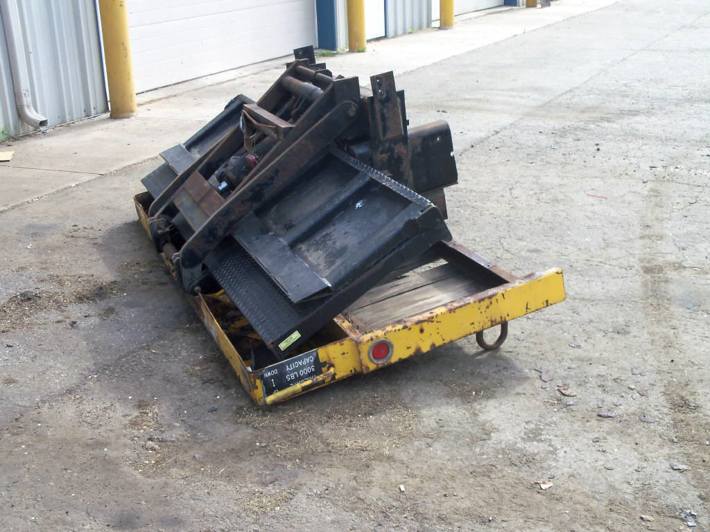 2000 Tommy Lift-Gate for sale-59137792