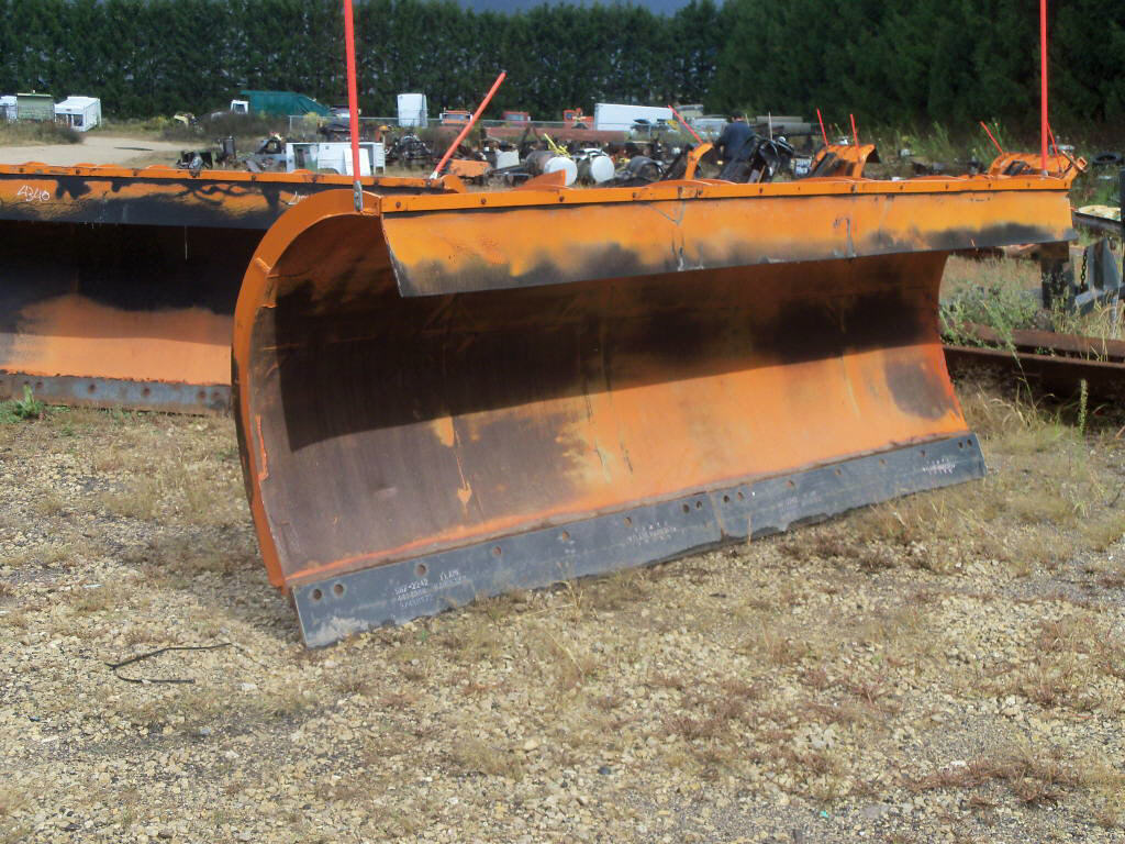2000 Henke Plow for sale-59137788