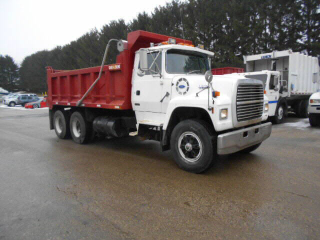 1992 Ford FLNT 8000    SOLD