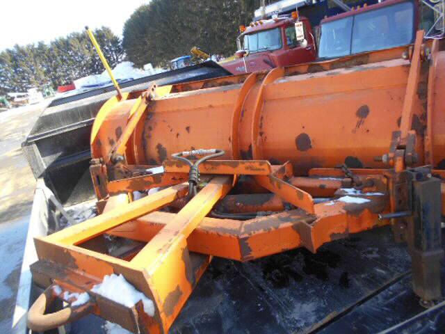 1111 Glendale Plow for sale-59137899