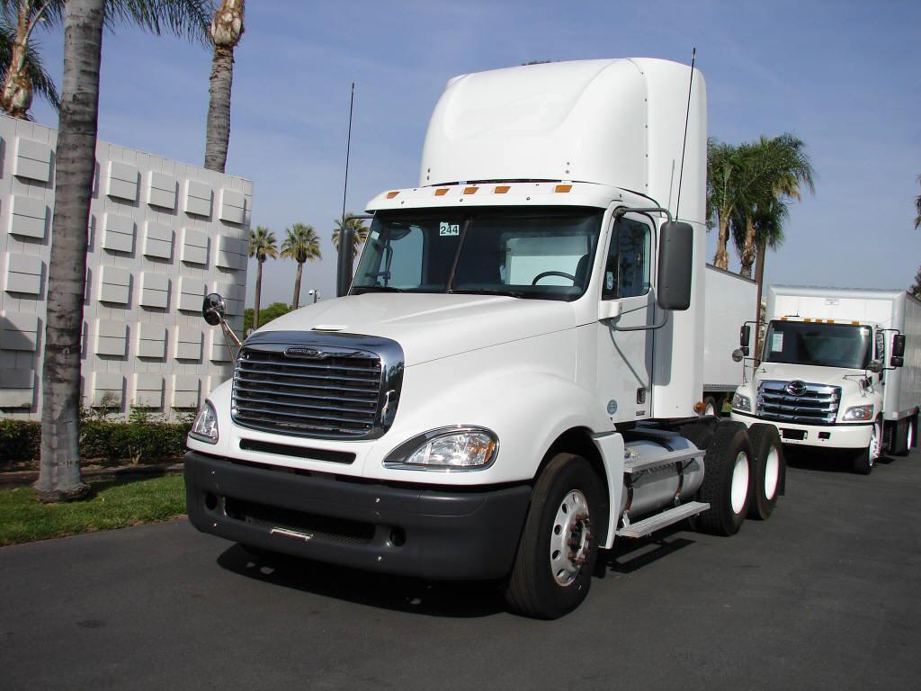 2009 Freightliner Columbia