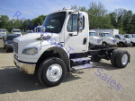 Used 2005FreightlinerM2106 for Sale