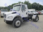 Used 2006 Freightliner M2106 for Sale