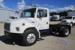 Used 2000FreightlinerFL70 for Sale
