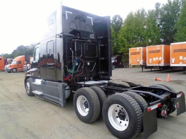 2014 Freightliner Cascadia EVO for sale-57548731
