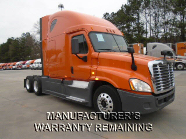 USED 2014 FREIGHTLINER CASCADIA SLEEPER TRUCK #118065