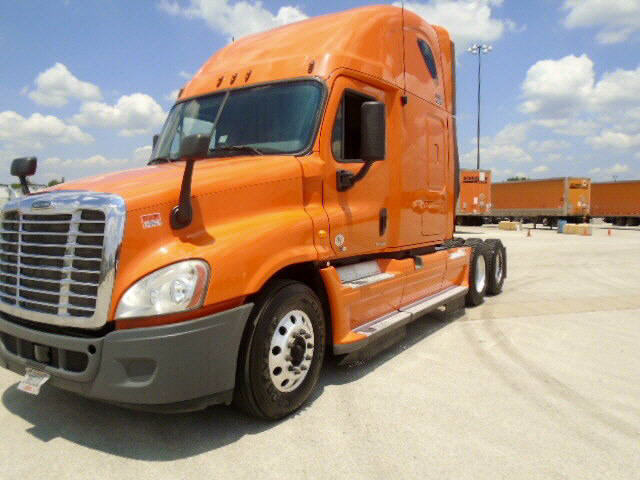 USED 2012 FREIGHTLINER CASCADIA SLEEPER TRUCK #89921