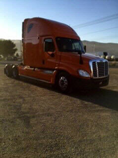 USED 2012 FREIGHTLINER CASCADIA SLEEPER TRUCK #46430