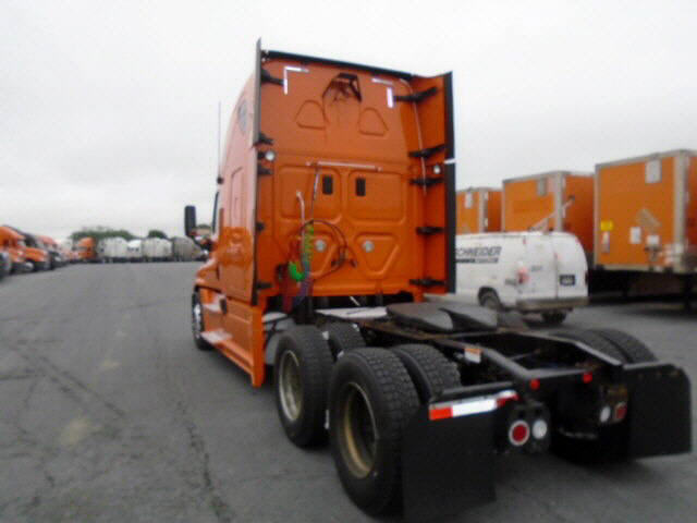 2013 Freightliner Cascadia for sale-56796531