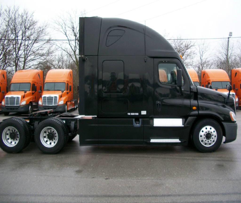2013 Freightliner Cascadia for sale-55677271