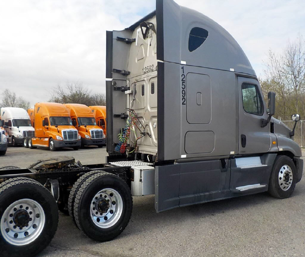 2014 Freightliner Cascadia for sale-59084787