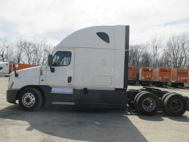 2014 Freightliner Cascadia for sale-59108271