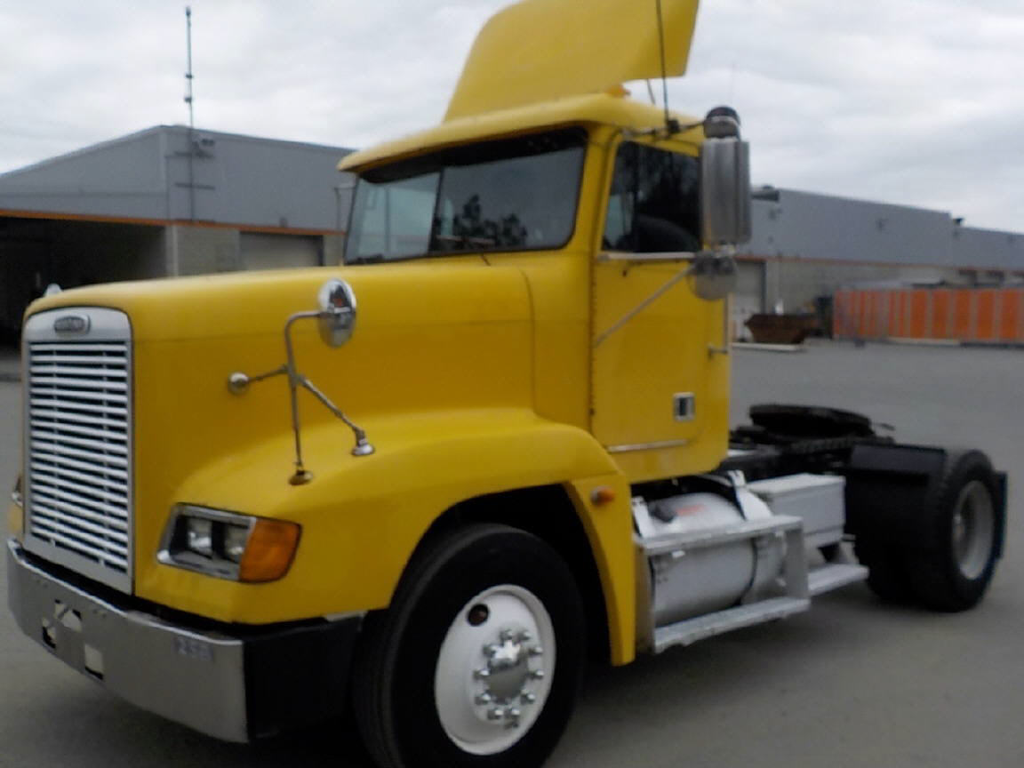 USED 2001 FREIGHTLINER FLD12042ST DAYCAB TRUCK #117216