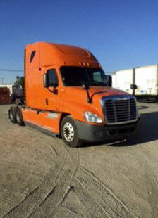 USED 2012 FREIGHTLINER CASCADIA SLEEPER TRUCK #46431