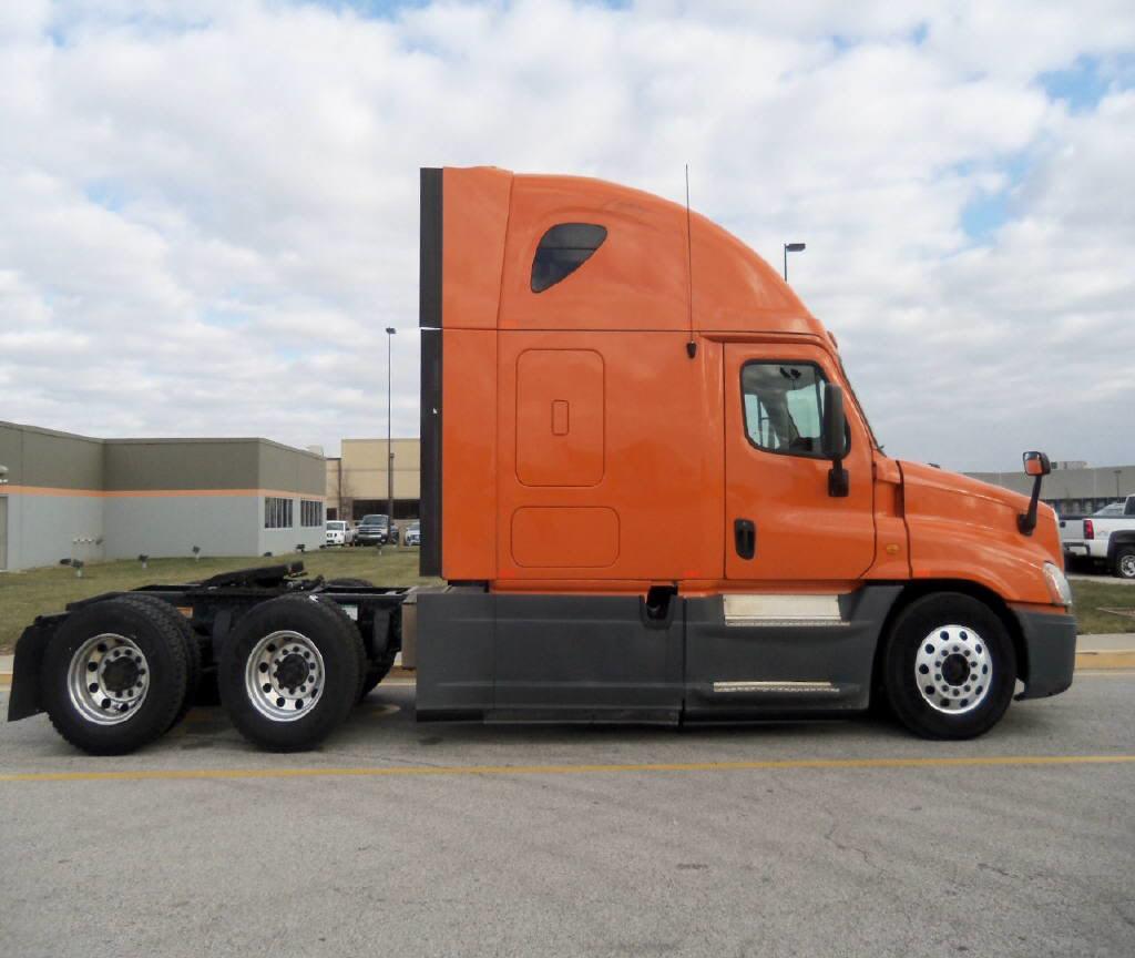 2013 Freightliner Cascadia for sale-54132471