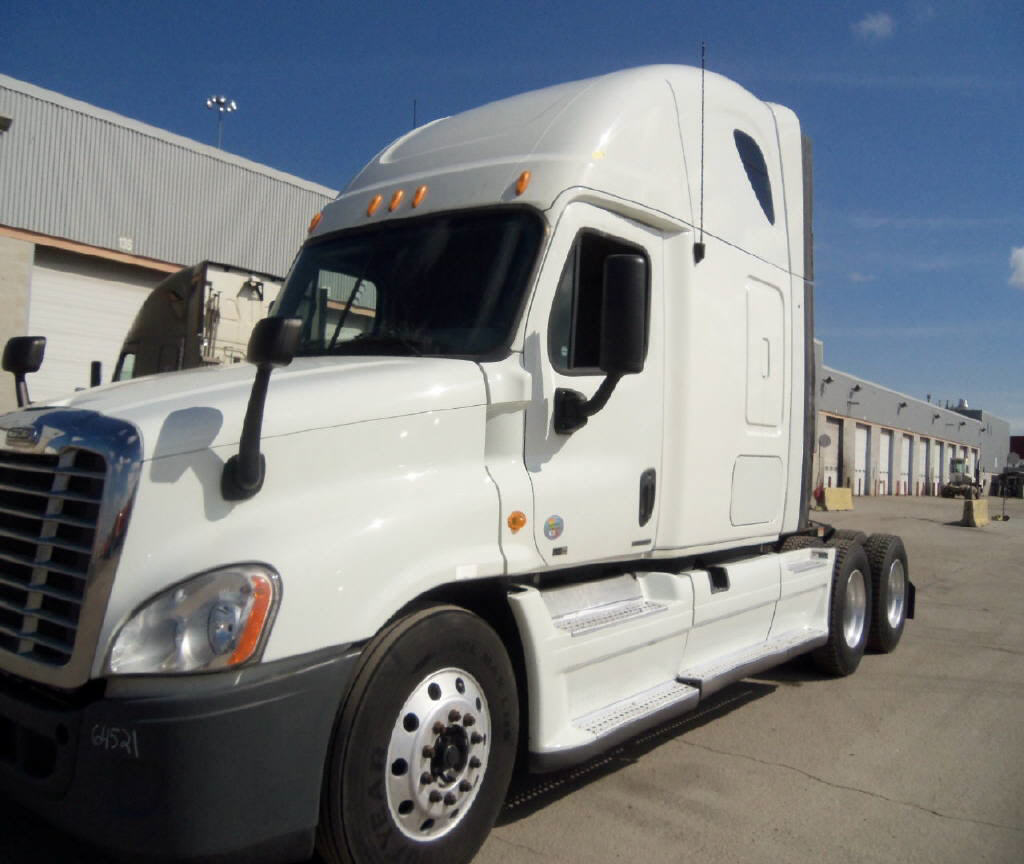 USED 2012 FREIGHTLINER CASCADIA SLEEPER TRUCK #76502