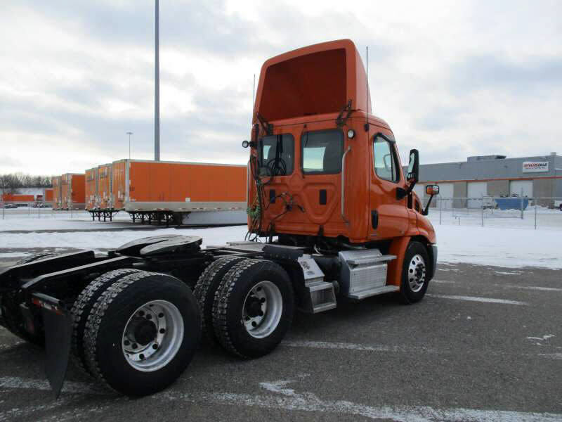 2012 Freightliner Cascadia for sale-59255778