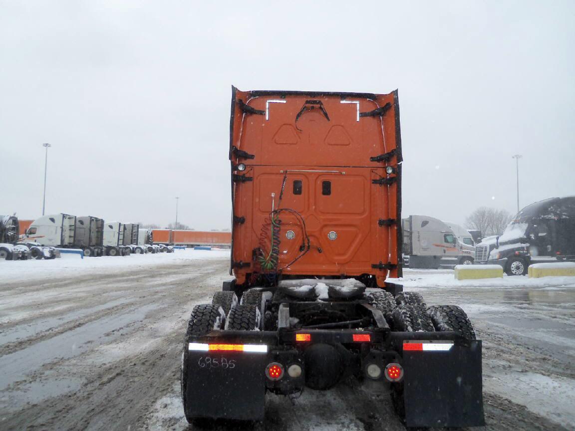 2013 Freightliner Cascadia for sale-59108195