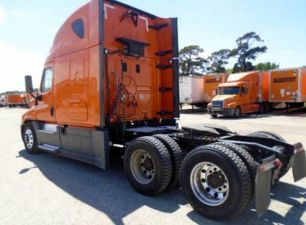2014 Freightliner Cascadia for sale-59084803