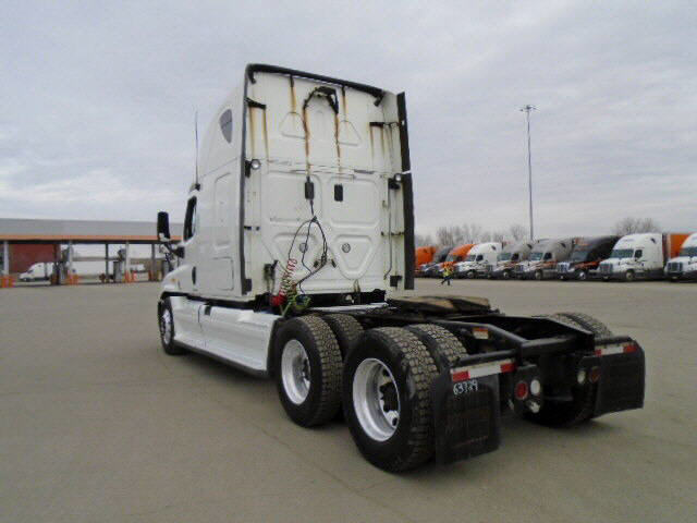 2011 Freightliner Cascadia for sale-56794931